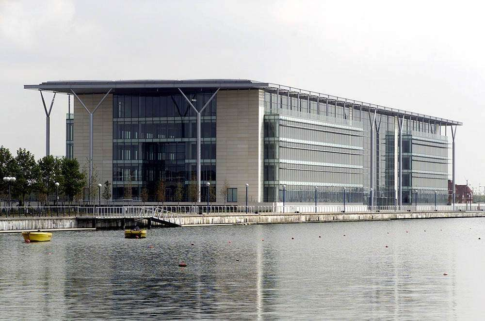 The Royals Business Park, Docklands, London 19